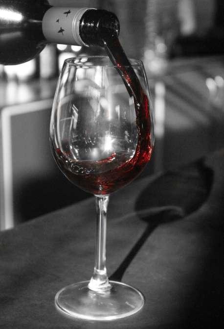 bill-and-beats-wine